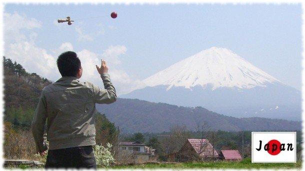 6th_Spacewalk in front of Mt.Fuji (Katsuaki Shimadera, Japan)