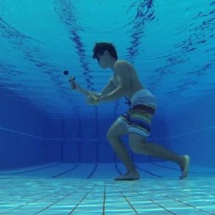 """088 """"KENundawater"""" (Malaysia) Due to the hot tropical weather we have in Malaysia, I guess its not bad of an idea to get some wet kendama action underwater."""